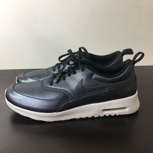 NIKE AIR MAX THEA LEATHER PEWTER SZ 11